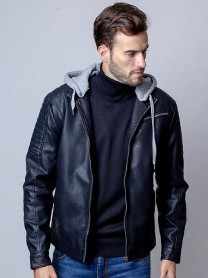 Czarna kurtka rozpinana z kapturem