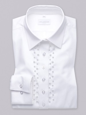 Biała bluzka z perłami wzdłuż plisy