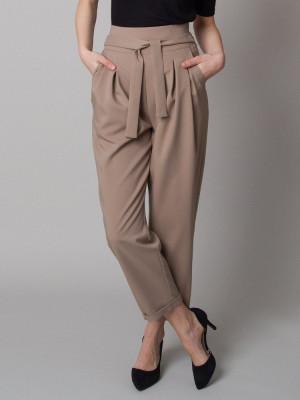 Ciemnobeżowe spodnie cygaretki