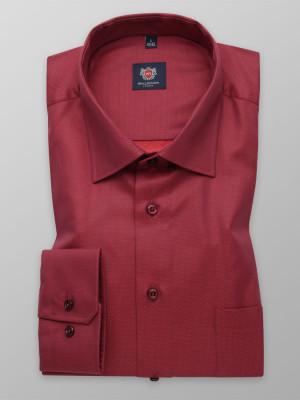 Czerwona klasyczna koszula