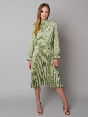 Zielona sukienka w grochy ze stójką i plisowaniem