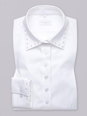 Biała bluzka z perłami na kołnierzyku i mankiecie