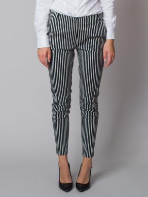 Spodnie garniturowe w paski