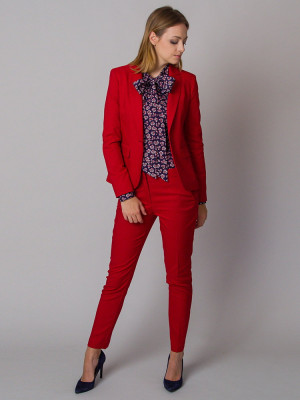 Czerwony garnitur damski typu long size