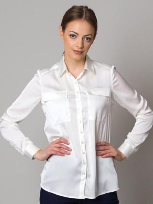 Biała bluzka o luźnym kroju