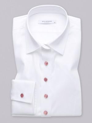 Klasyczna biała bluzka z perłowymi guzikami
