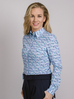 Błękitna bluzka w kratkę i kwiaty