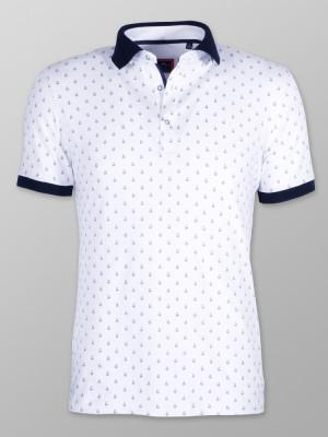 Biała koszulka polo w żaglówki