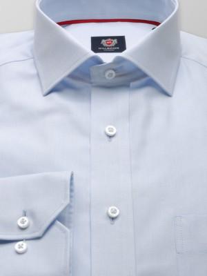 Klasyczna jasnobłękitna koszula