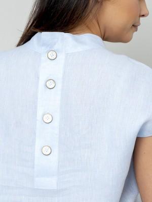 Błękitna bluzka lniana