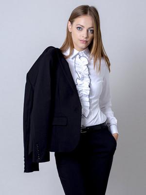 Czarny garnitur damski