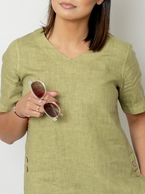 Oliwkowa bluzka lniana oversize