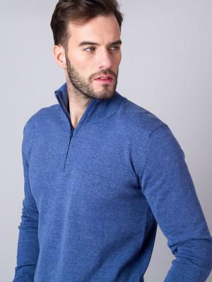 Niebieski sweter rozpinany