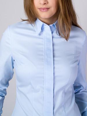 Błękitna bluzka z plisowaniem