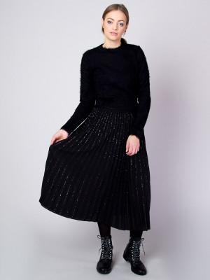 Długa czarna spódnica plisowana
