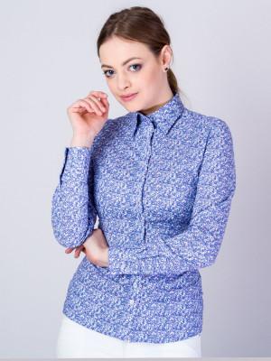 Niebieska bluzka w kwiaty