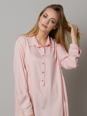 Asymetryczna koszula nocna w kolorze pudrowego różu