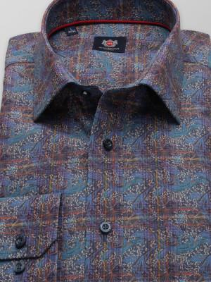 Klasyczna koszula we wzory