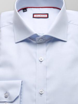Jasnobłękitna koszula o mocno taliowanej sylwetce