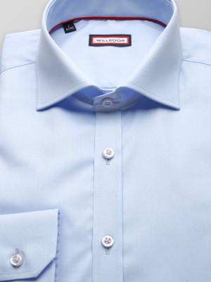 Błękitna koszula o mocno taliowanej sylwetce