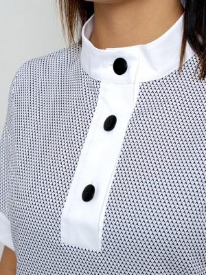 Biała bluzka z krótkim rękawem i kontrastami