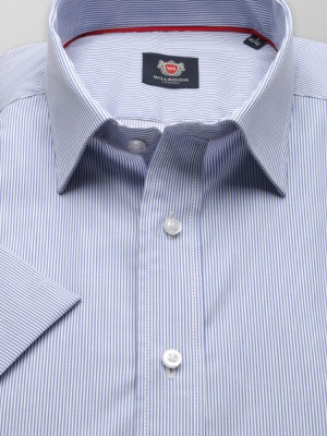 Biała taliowana koszula w niebieski prążek