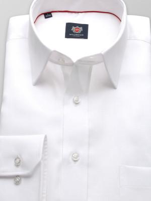 Biała klasyczna koszula o gładkiej fakturze