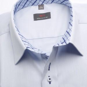 Jasnobłękitna taliowana koszula w prążki