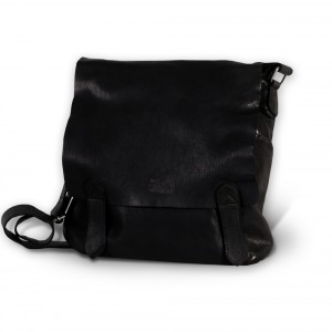 Czarna skórzana torba na ramię