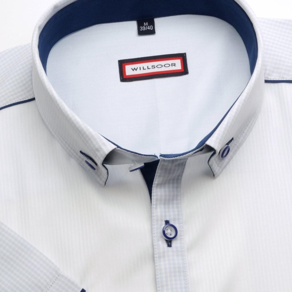 Klasyczna biała prążkowana koszula
