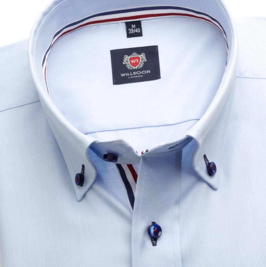 Klasyczna błękitna koszula z kontrastami