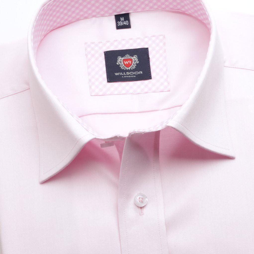 Różowa klasyczna koszula z kontrastami