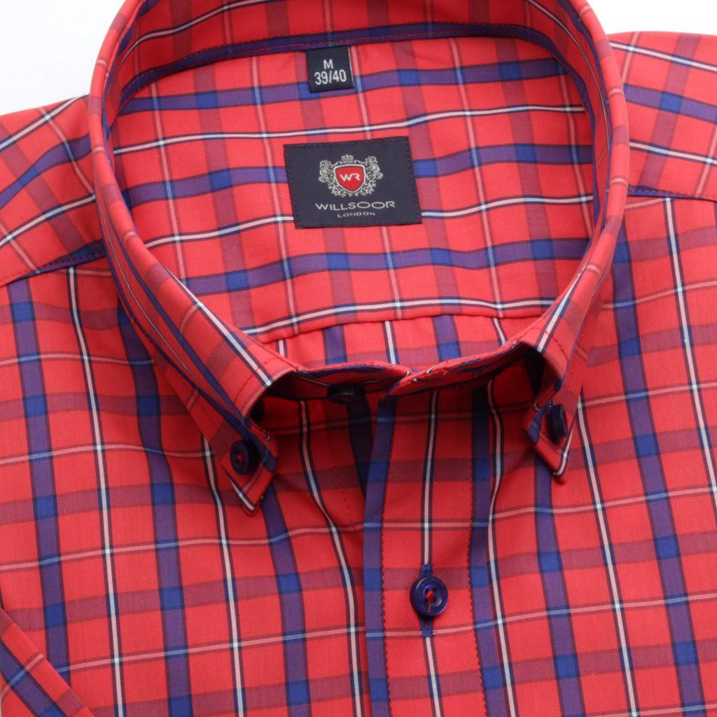 Klasyczna czerwona koszula w kratę