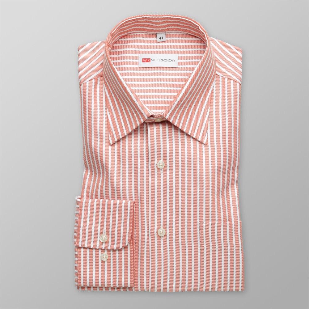 Klasyczna koszula w paski i jodełkę