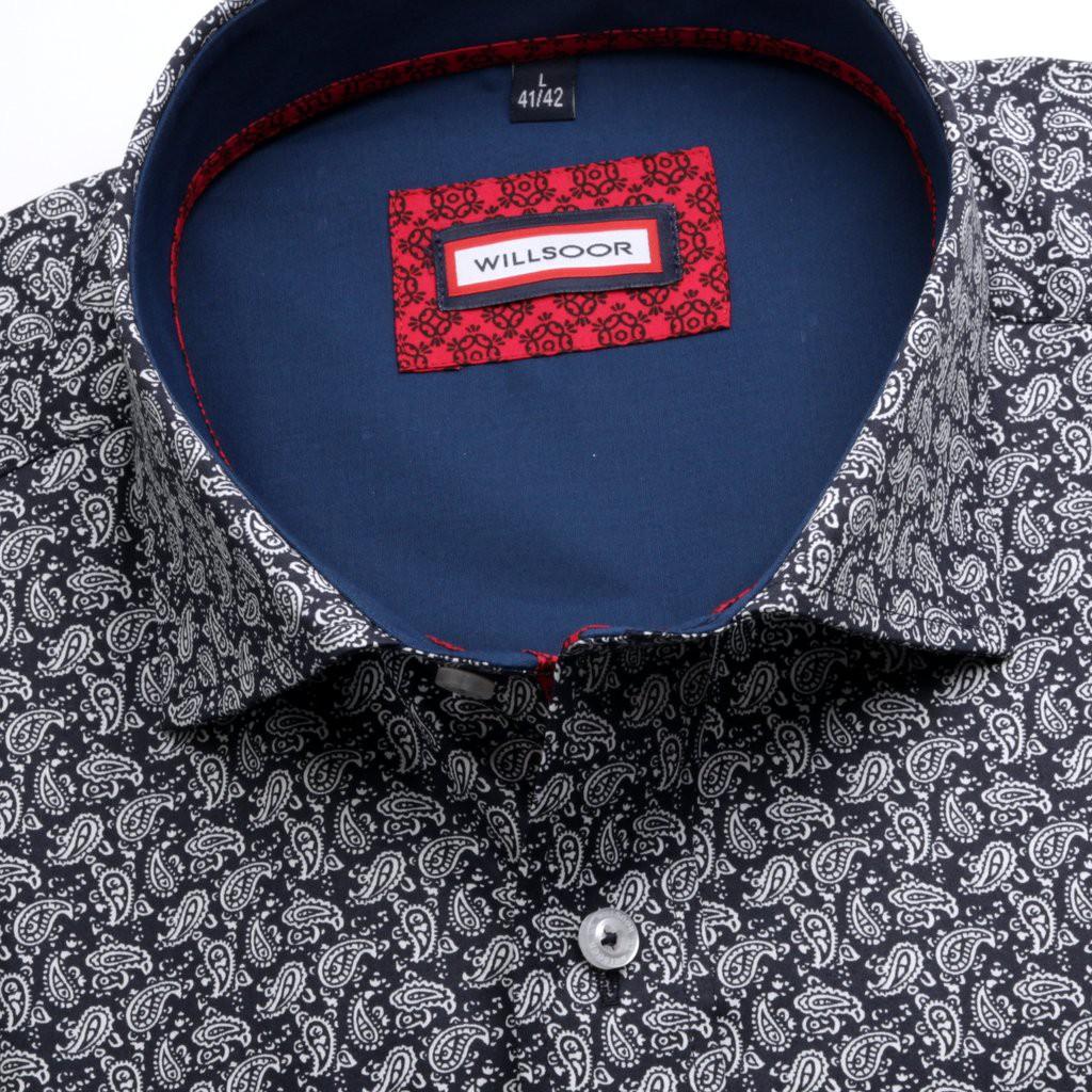 Czarna taliowana koszula we wzór paisley