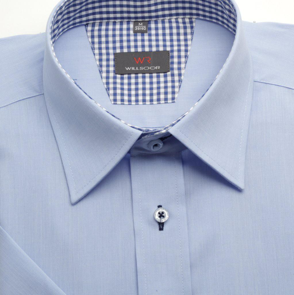 Taliowana błękitna koszula