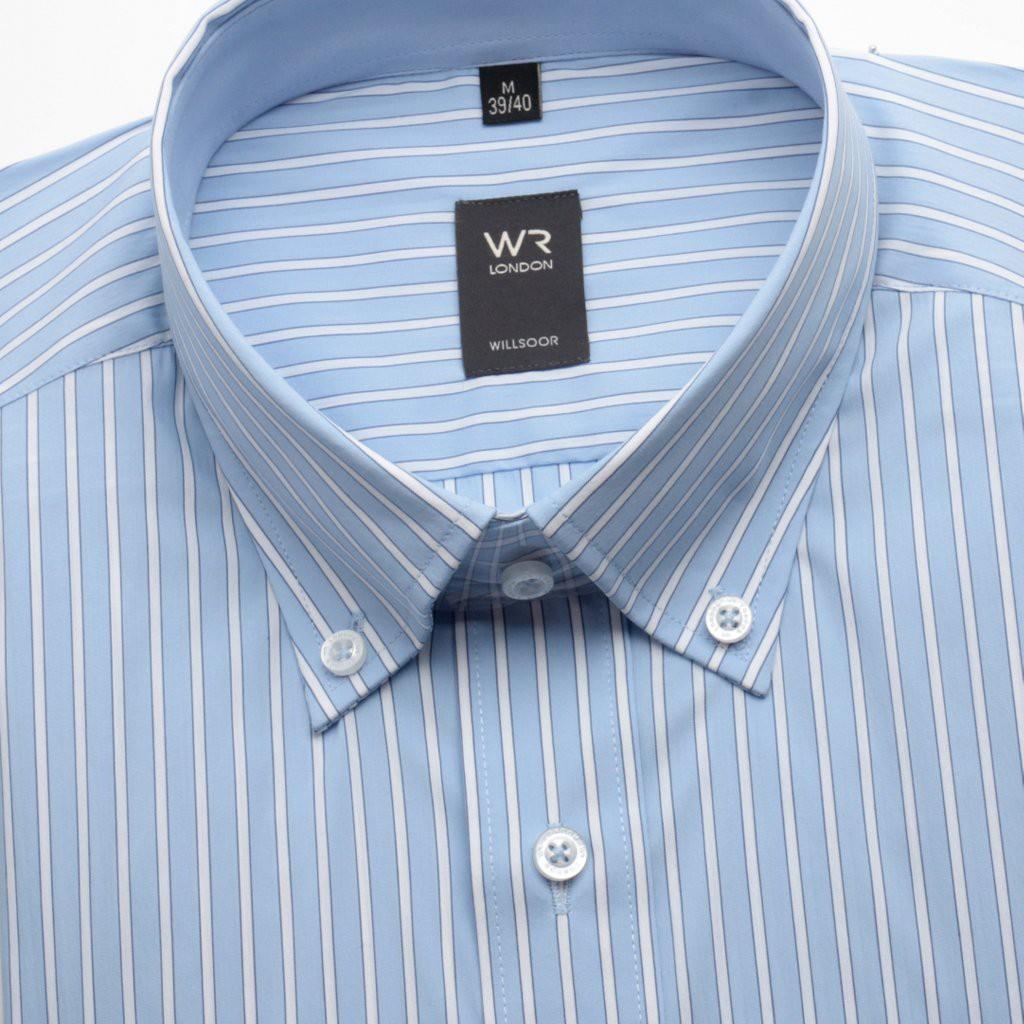 Jasnobłękitna koszula w paski
