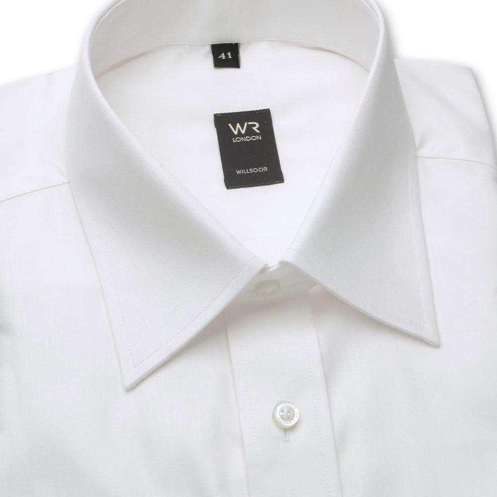 Klasyczna biała koszula