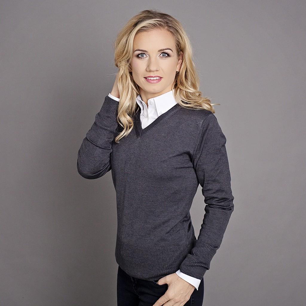 Antracytowy sweter damski szpic