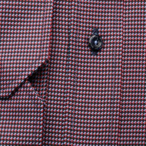Czarna taliowana koszula w mikrowzór