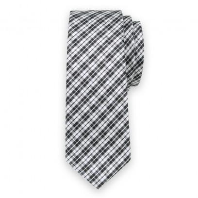 Krawat w czarno-białą kratkę