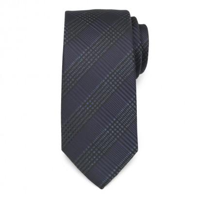 Klasyczny czarny krawat w kratę