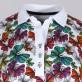 Biała koszulka polo w kolorowe motyle